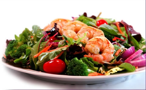Salata nicoise (4 portii)