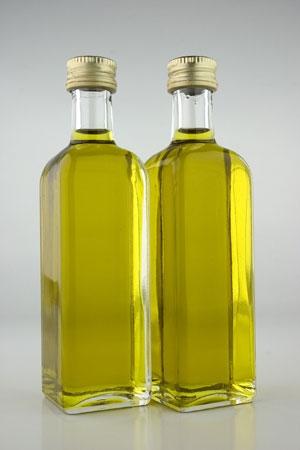 Uleiul si otetul: condimente naturale si ingrediente de baza pentru conserve
